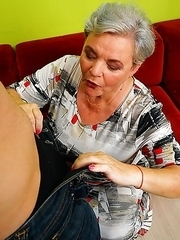 Chubby mature lady fooling around with her younger lover